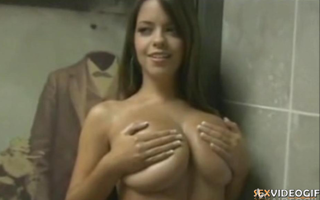 Sex Gif Busty beauty Jenn Kaelin posing for the camera
