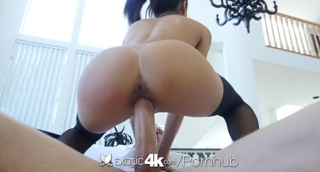 Hot Exotic Veronica Is Hungry for Cock