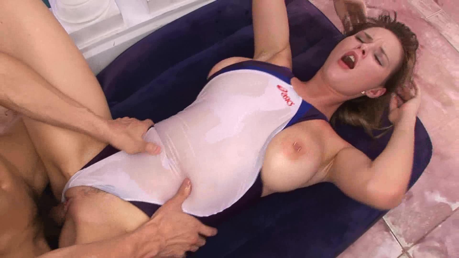 Uncensored Swimsuit Tara
